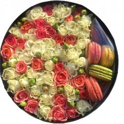 """Коробка с цветами """"Macarons"""""""